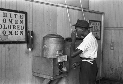 Scène de ségrégation-Etats-Unis