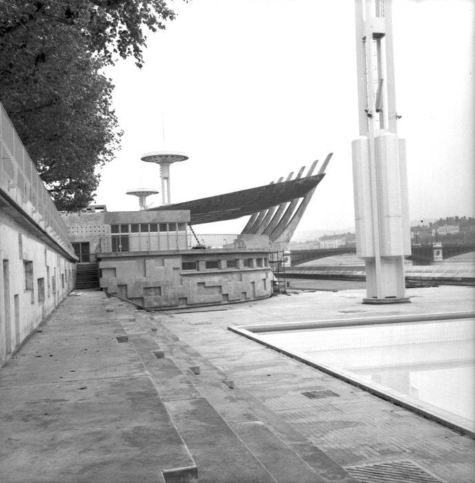 Piscine du rh ne l 39 influx for Chauffage piscine du rhone