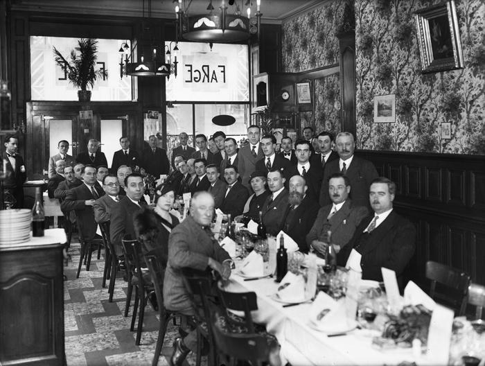 jacquette Le Restaurant Farge