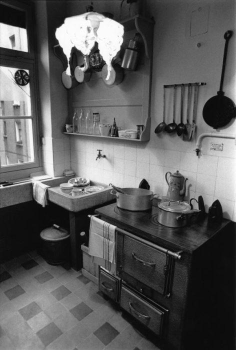 Appartement-musée de la Cité Tony-Garnier, Claude Essertel, 1990 [fonds Lyon Figaro]