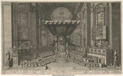 Theatre dans l'eglise St Pierre dressé pour canonisation