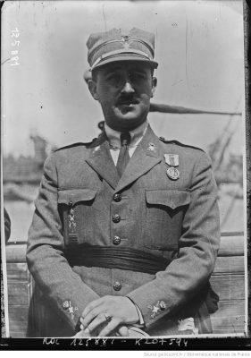 Le général Franco [photographie de presse] / [Agence Rol] ; [d'après la photographie originale de Luis Marin]