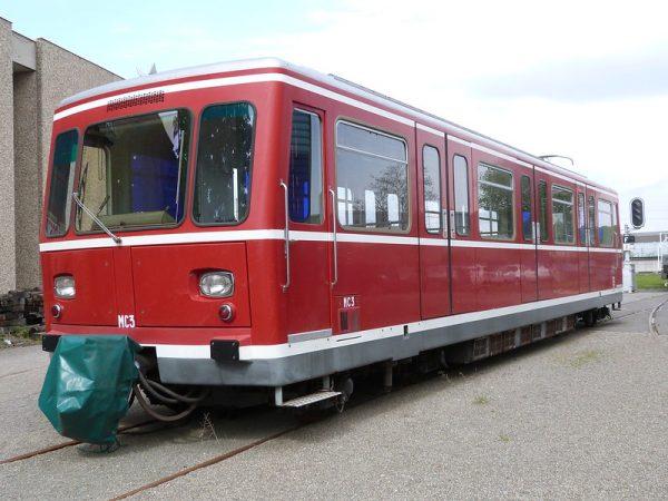 Automotrice à crémaillère MC3 du métro de Lyon