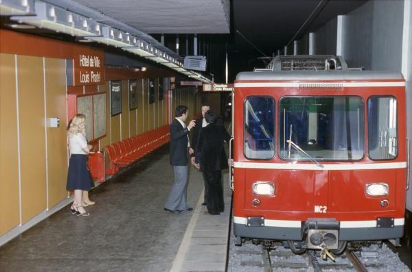 Métro C à la station Hôtel de Ville - Louis Pradel