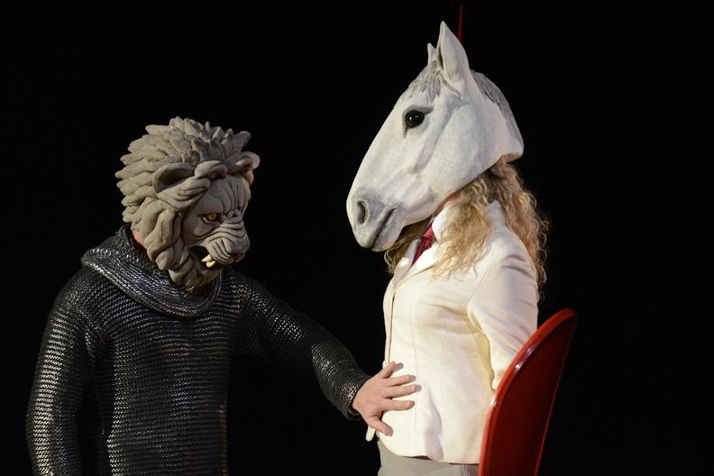 jacquette En trois fois rien : le théâtre à la rencontre...