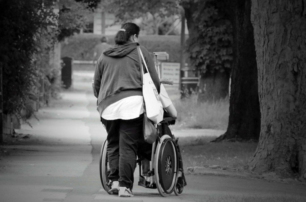 jacquette Des dispositions pour le handicap, pour une...
